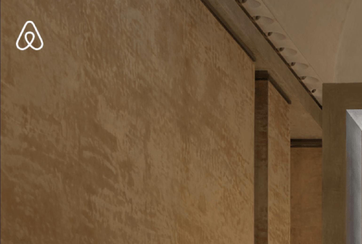 Le Louvre et Airbnb